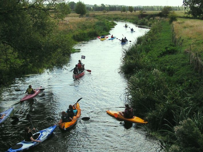 Kayaks and canoes on the River Stour